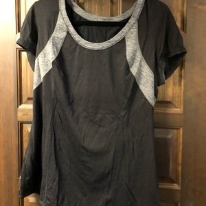 Lululemon top with drawstring